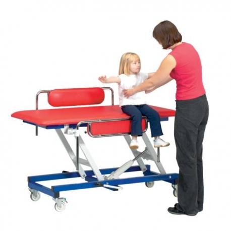 Table de change pédiatrique avec barrières latérales électrique (prise europe)