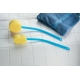 Eponge à long manche flexible profilée